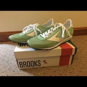 Brooks Women's Retro Mint Green Sneaker